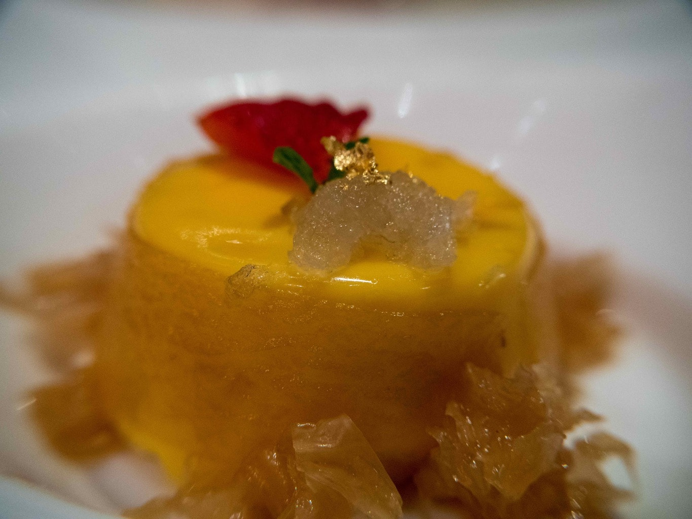 Mango pudding with fig honey