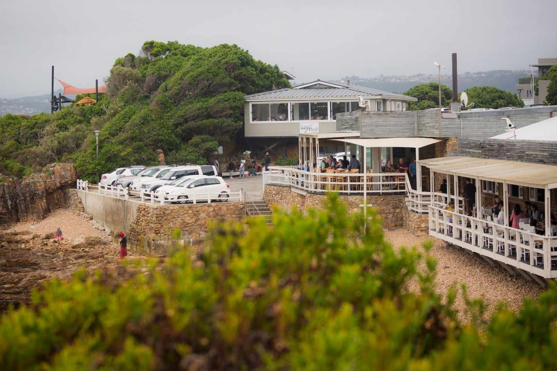 East Head Cafe and parking lot in Knysna