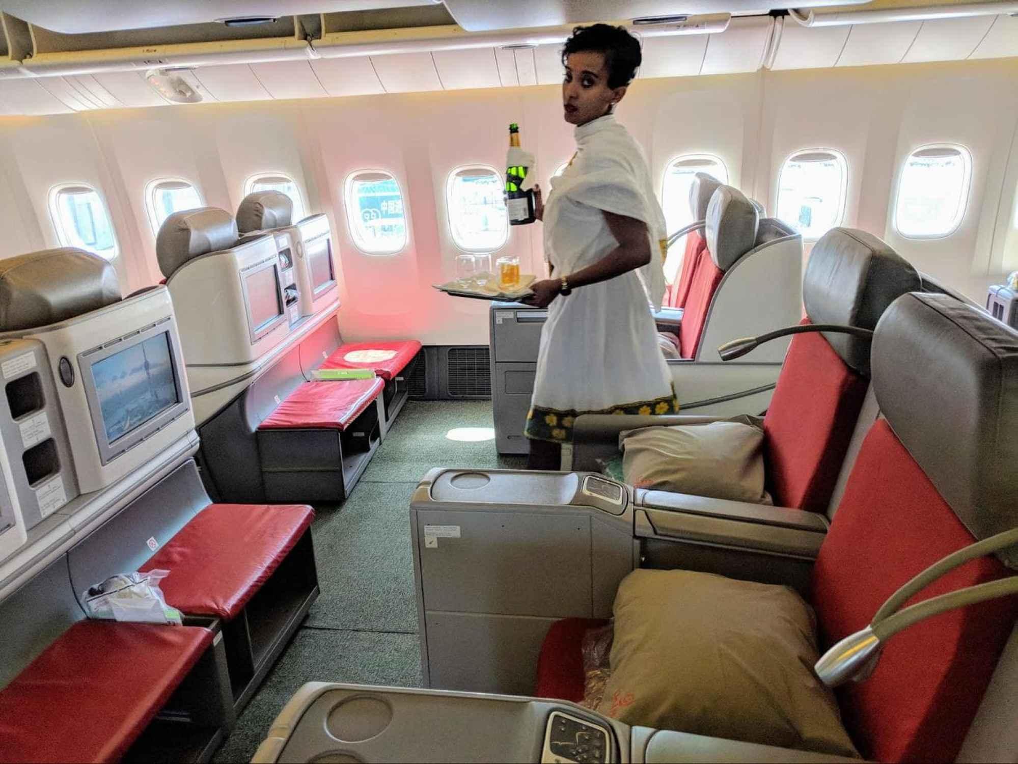Long haul Boeing 777-300 Business cabin