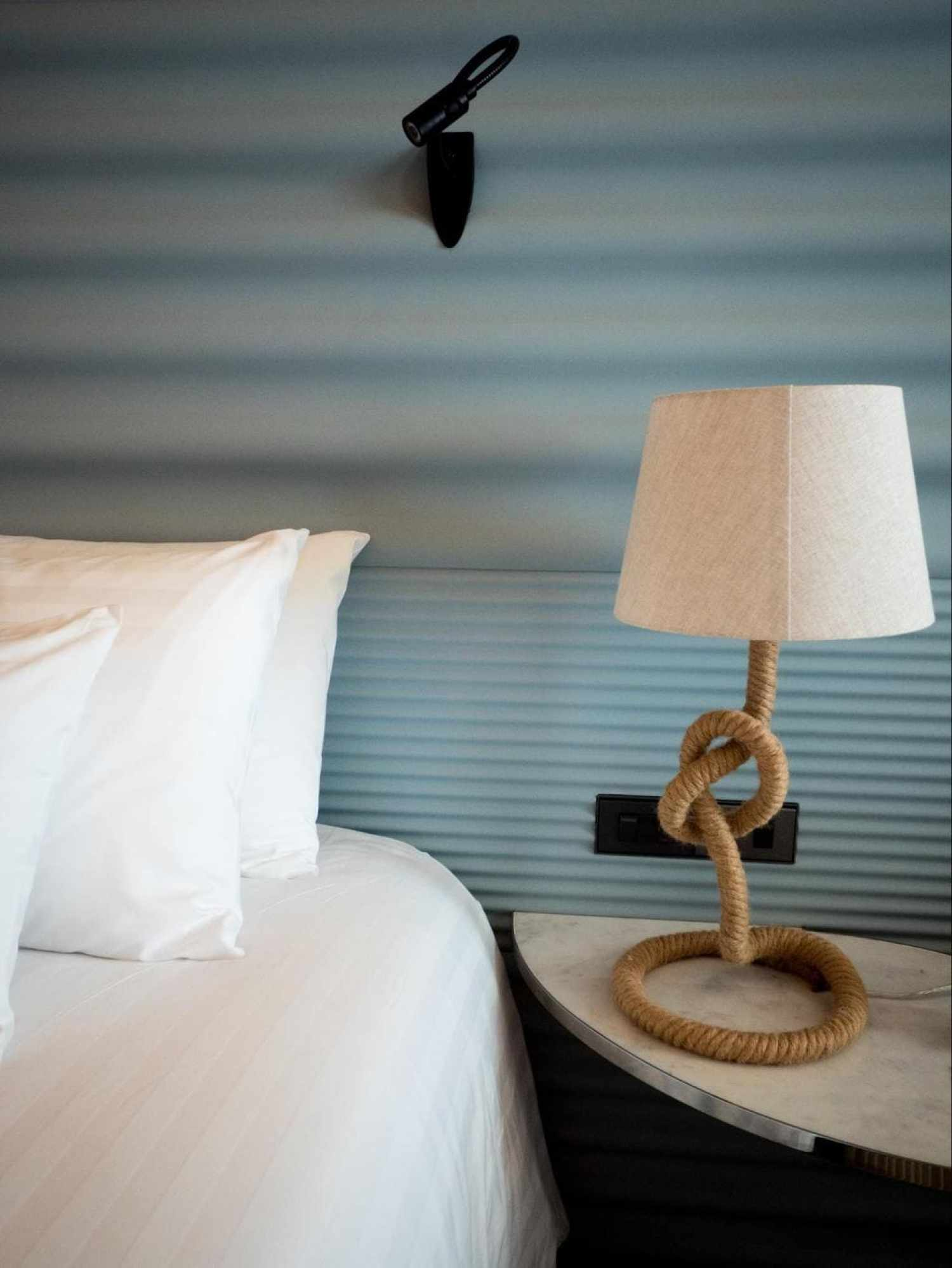 Maritime details in the rooms after the renovation