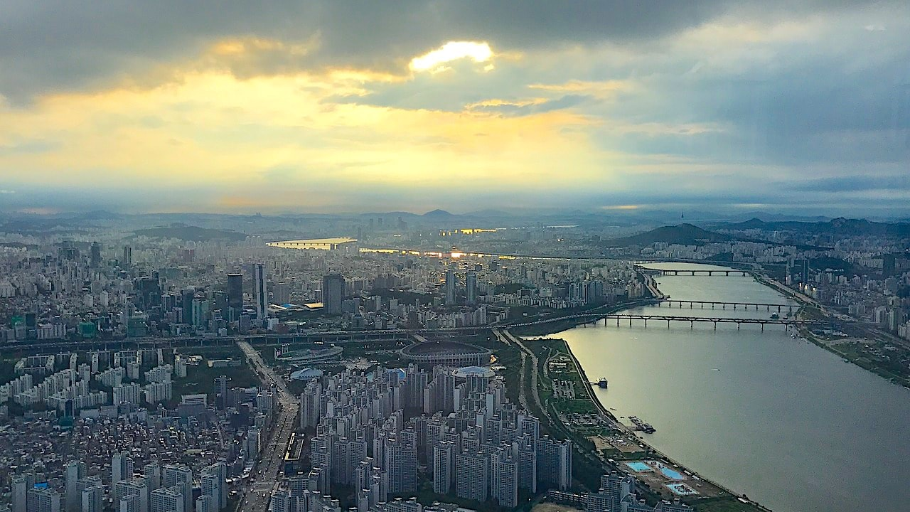 The Han river with Gangnam to the left and Namsan to the right