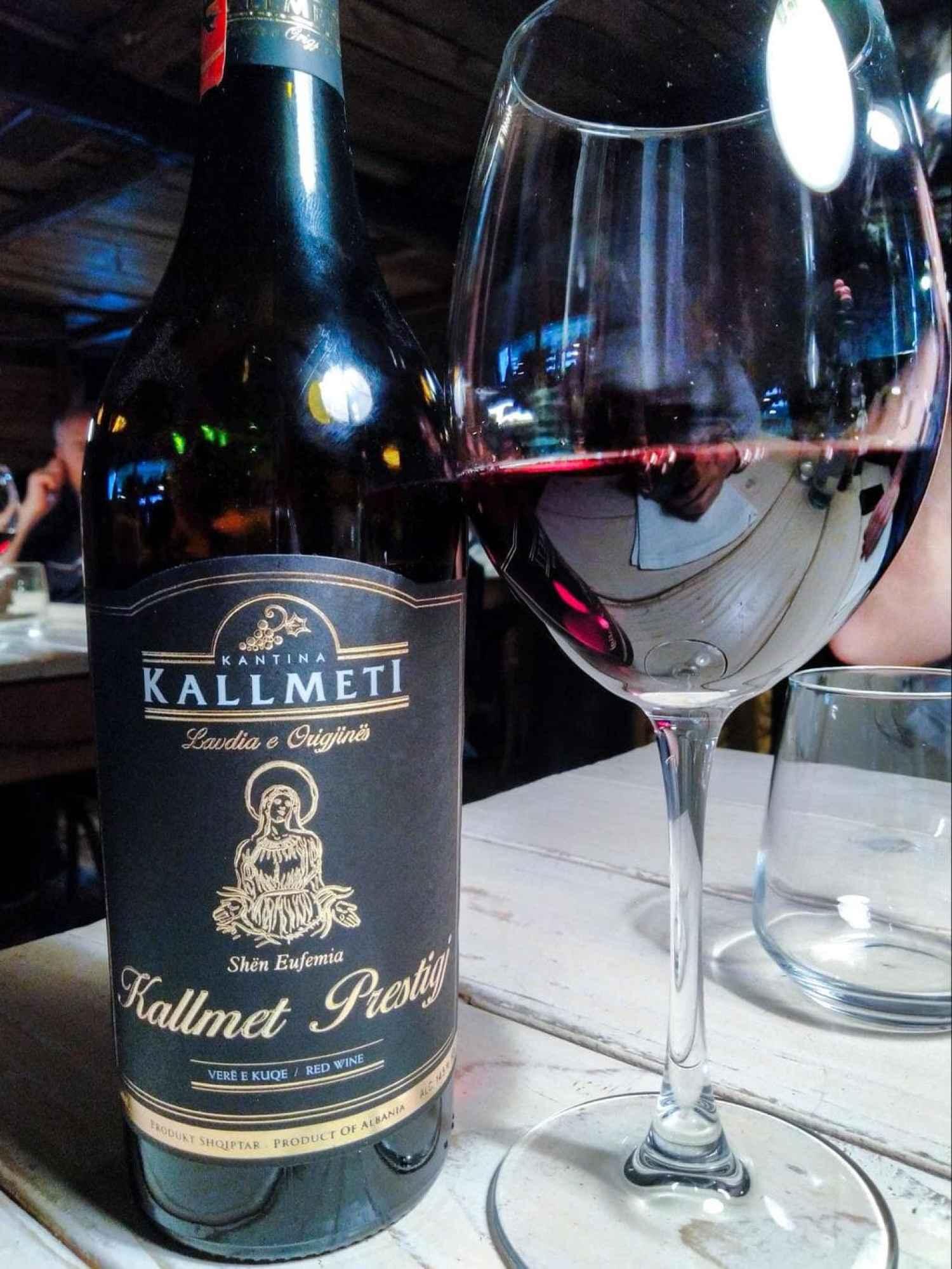 Kallmet Prestigi wine from Kallmeti
