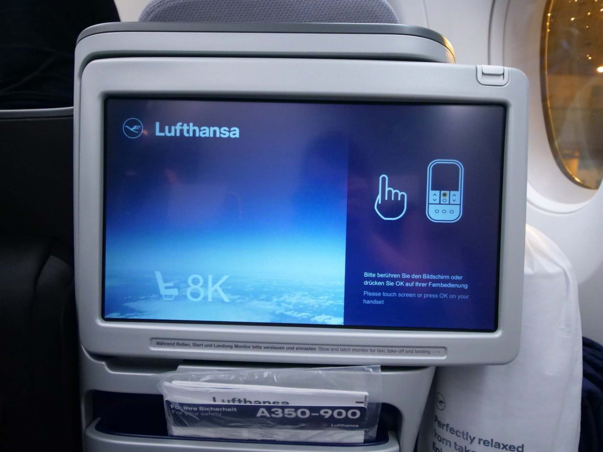 """Business Class entertainment system Lufthansa"""