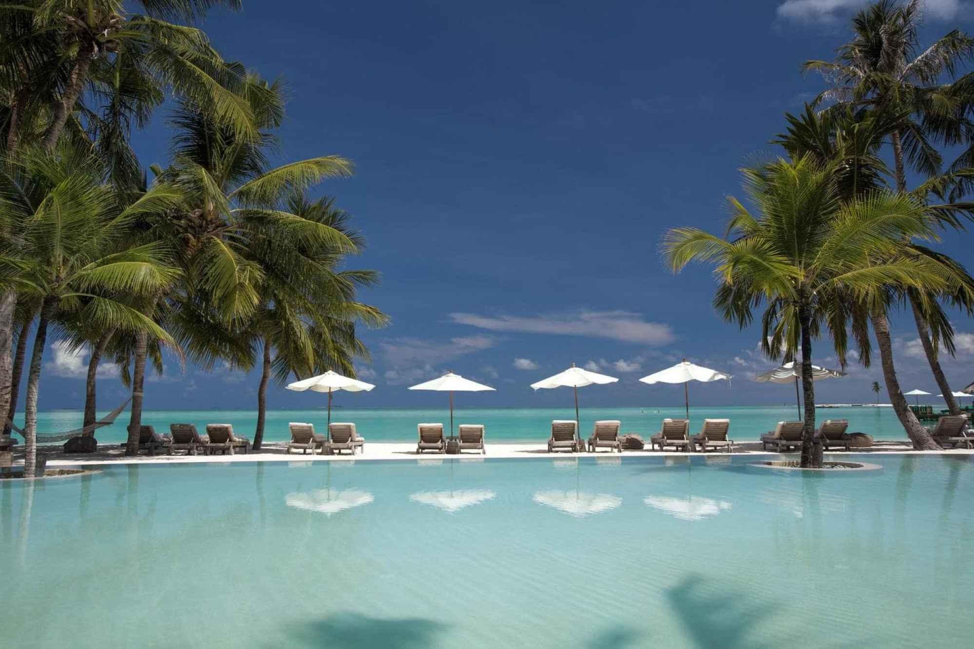 Gili Lankanfushi swimming pool - Courtesy of Gili Lankanfushi
