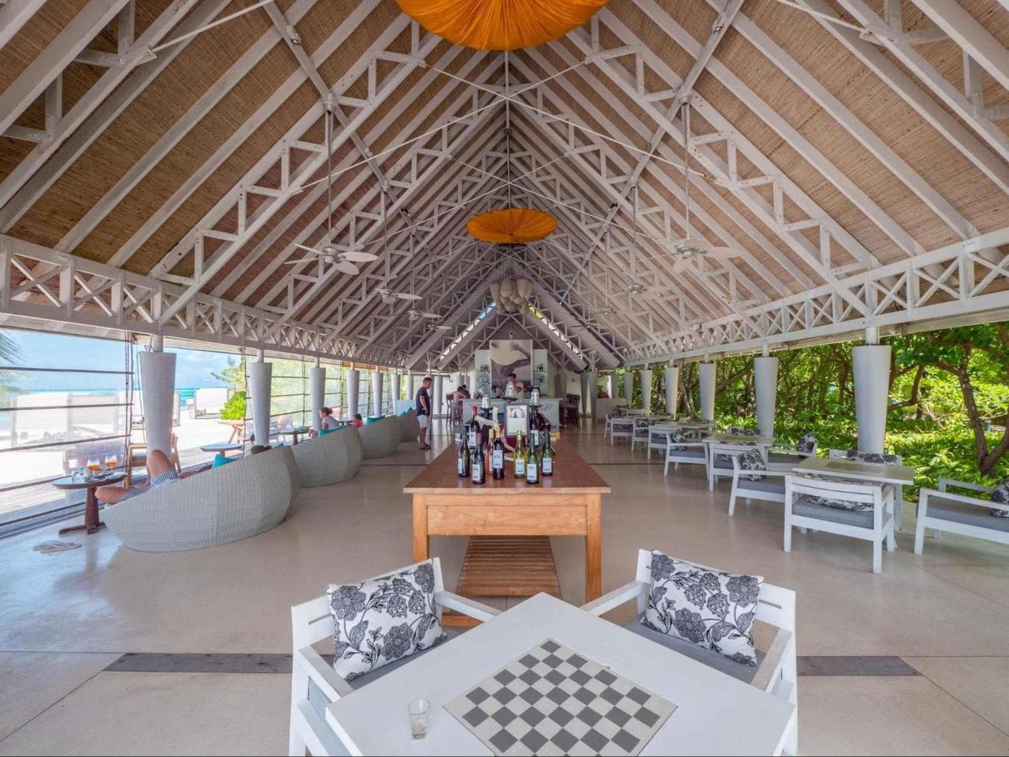 Senses Bar and lounge