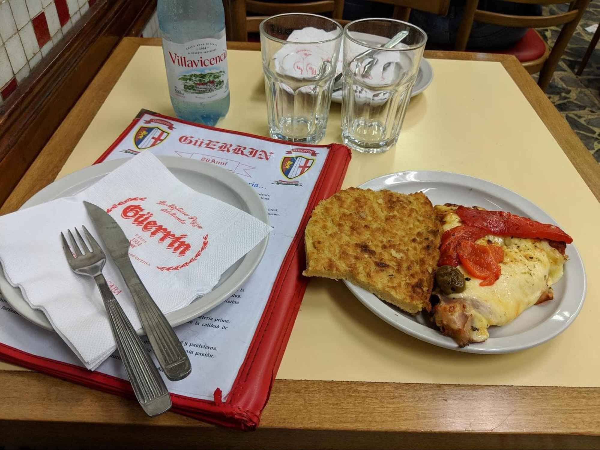 Pizza and faina at Guerrin