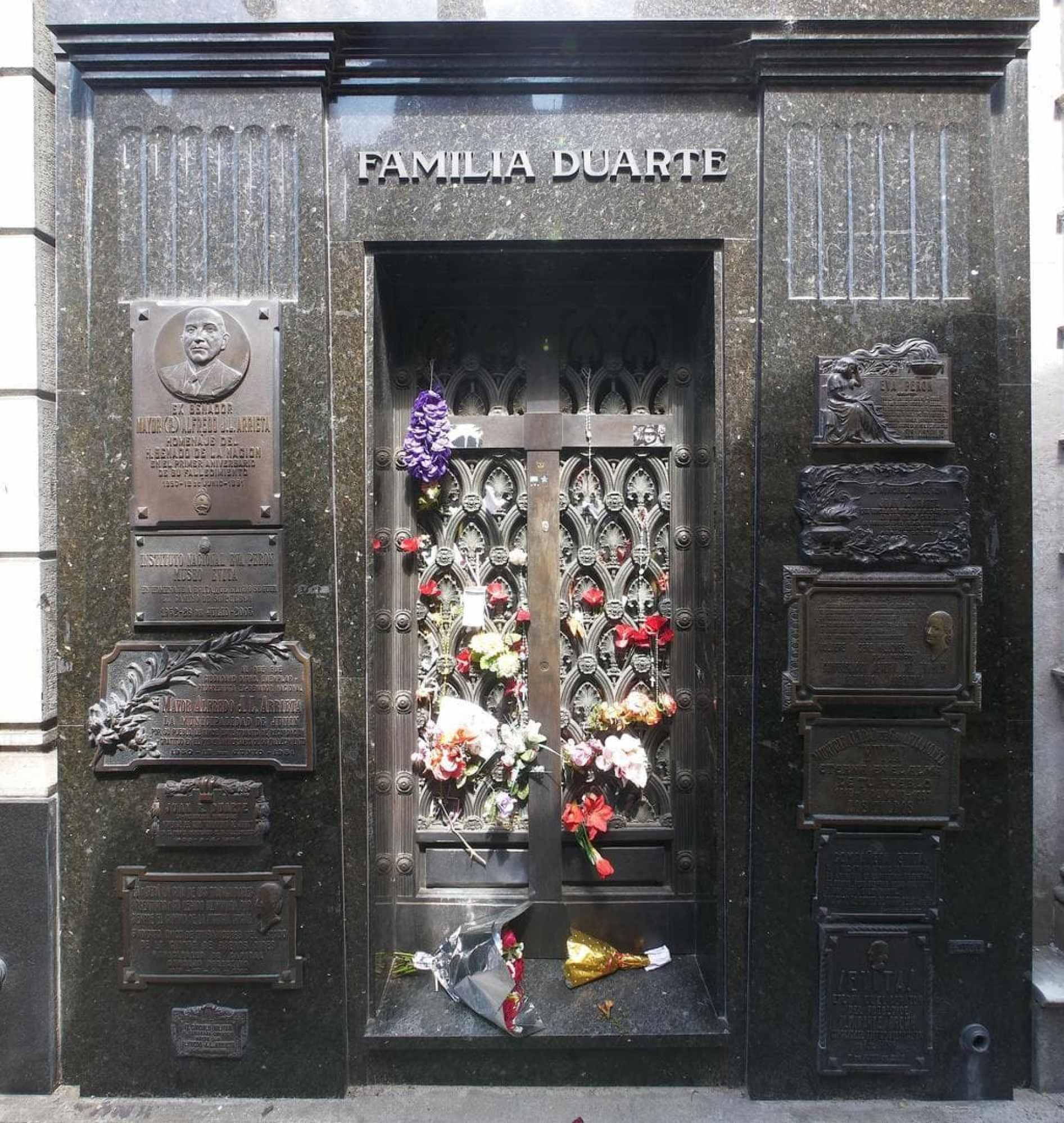 Recoleta Cemetery Familia Duarte