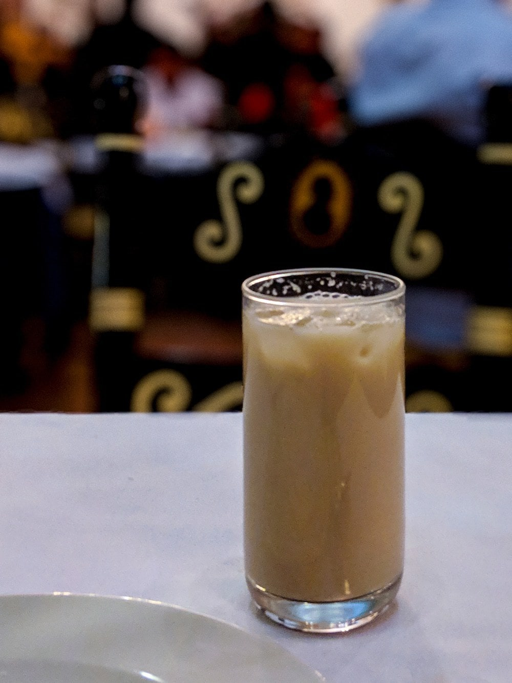 Horchata is drunk cold, usually with ice,