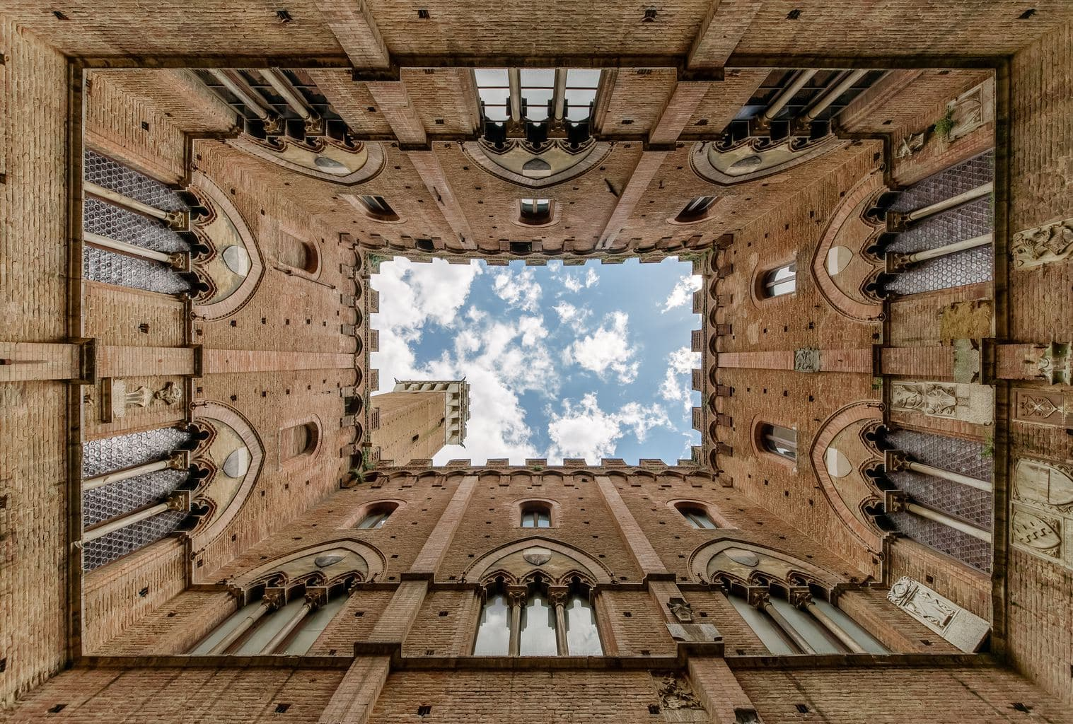 """Siena Photo by Matteo Kutufa on Unsplash"""