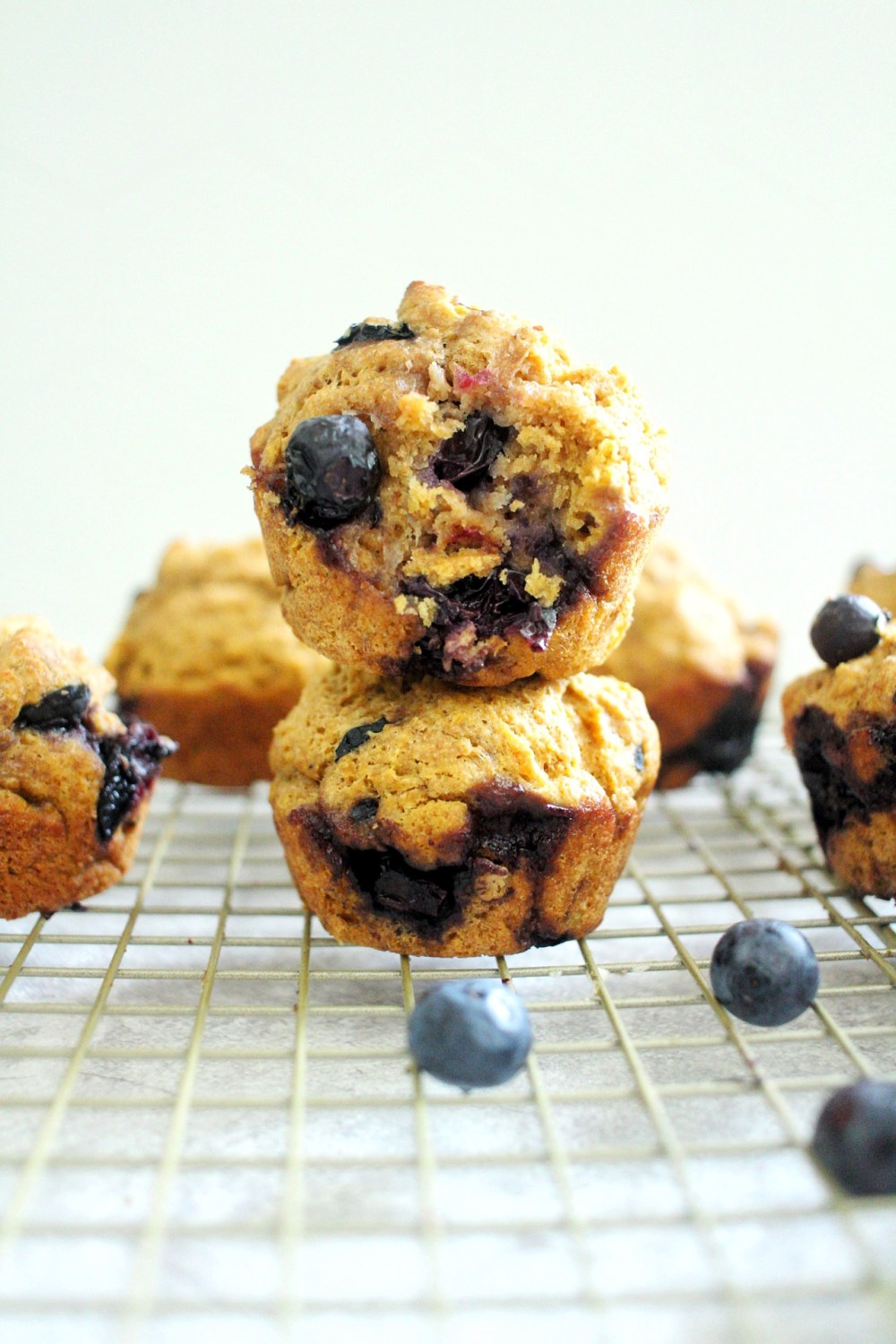 healthy and simple blueberry muffins