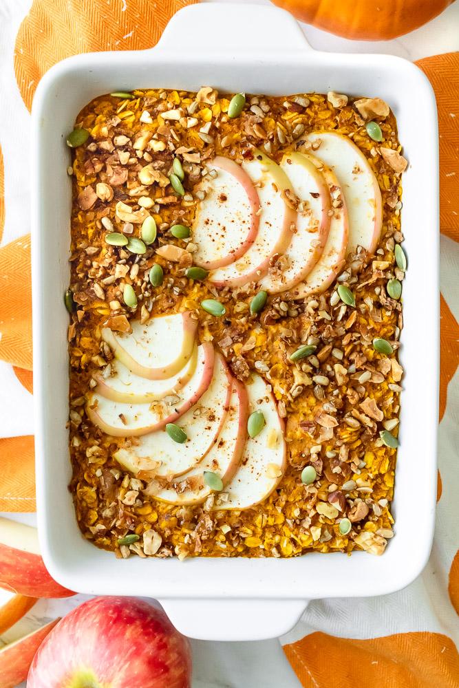 pumpkin spice apple baked oatmeal