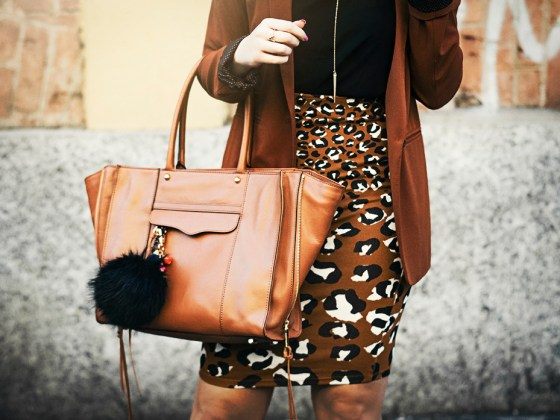 pencil skirt work outfit