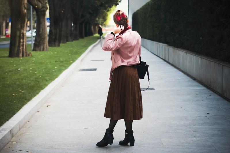 Top Knot Box StyleWe GoCustomized Pleated Skirt