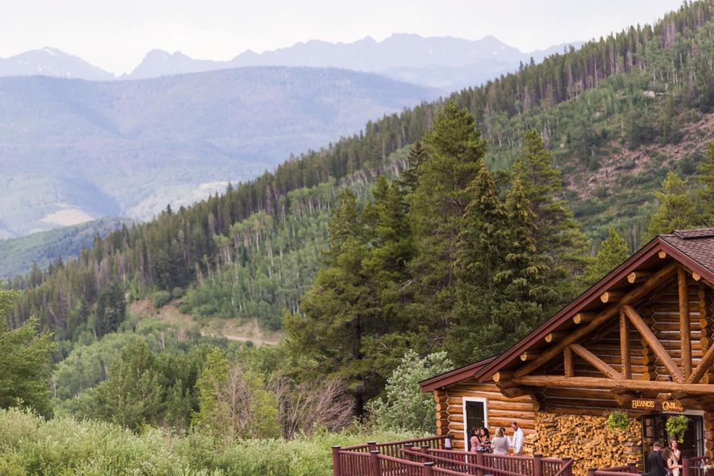 39-beanos-cabin-wedding-photos.jpg