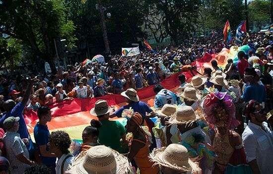 Desfile, calle 23/Foto: Roberto Ruiz
