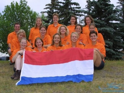 Teamfoto-2002-Calgary-Dames