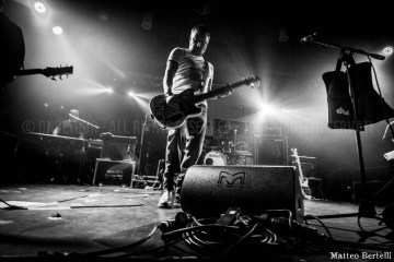 2015-12-10 Peter-Hook-and-the-light-OnDetour