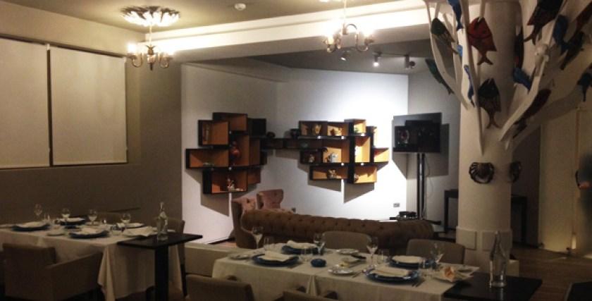 zambeze restaurante moçambicano mouraria lisboa sala