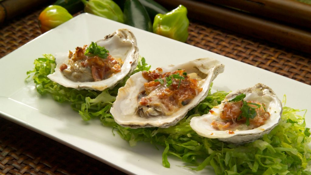 oysters_bacon_cheese_lettuce_meal_gourmet_83064_2048x1152