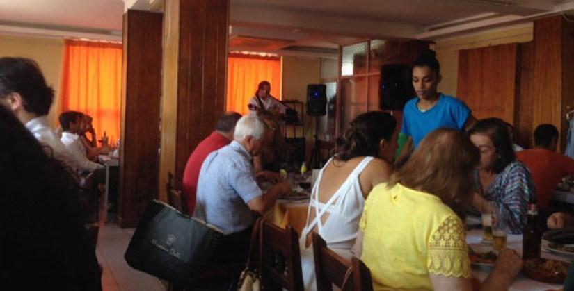 associaçao caboverdeana lisboa restaurante africano marques pombal