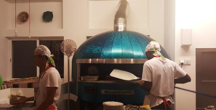 trecento-sessanta-restaurante-italiano-pizzas-parede-forno