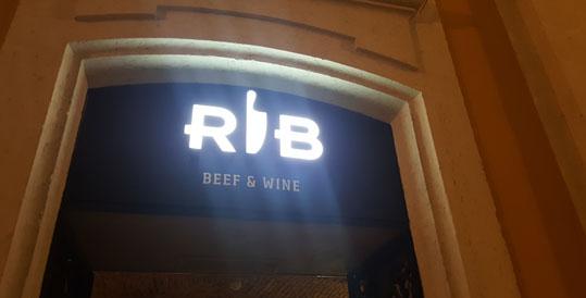 RIB – BEEF & WINE