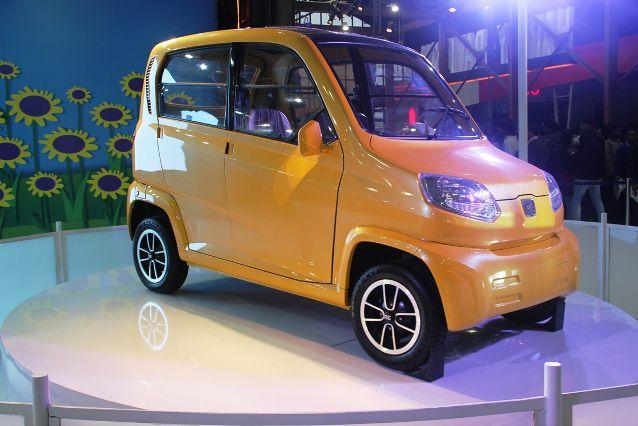 Low Price In India >> Bajaj Re60 Ultra Low Cost Car In India