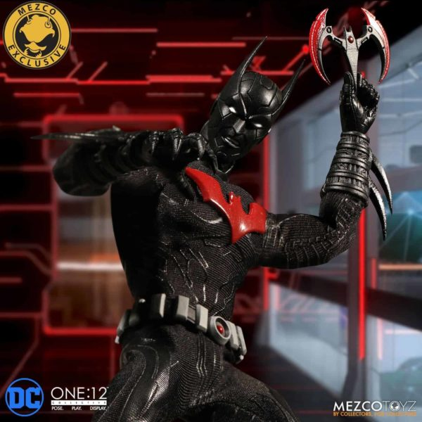 mezco-one12-collective-batman-beyond-12