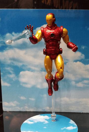 Mezco ONE:12 at NYCC - Iron Man