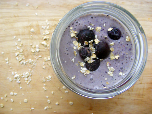 blueberry-oat-smoothie-1