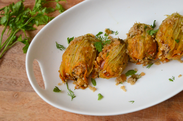herb-quinoa-stuffed-zucchini-blossoms-vegan-2