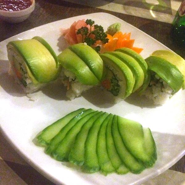 vegan-sushi-ayianapa