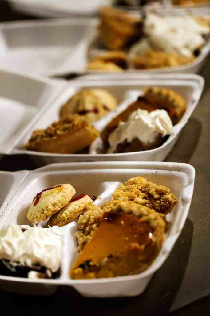 #TurkeyDayTips #CollectiveBias thanksgiving leftover containers Fall Wine and Pie Party #ad