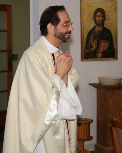 Father Manny Borg, Vicar of St Nicholas Episcopal Church, Elk Grove Village IL