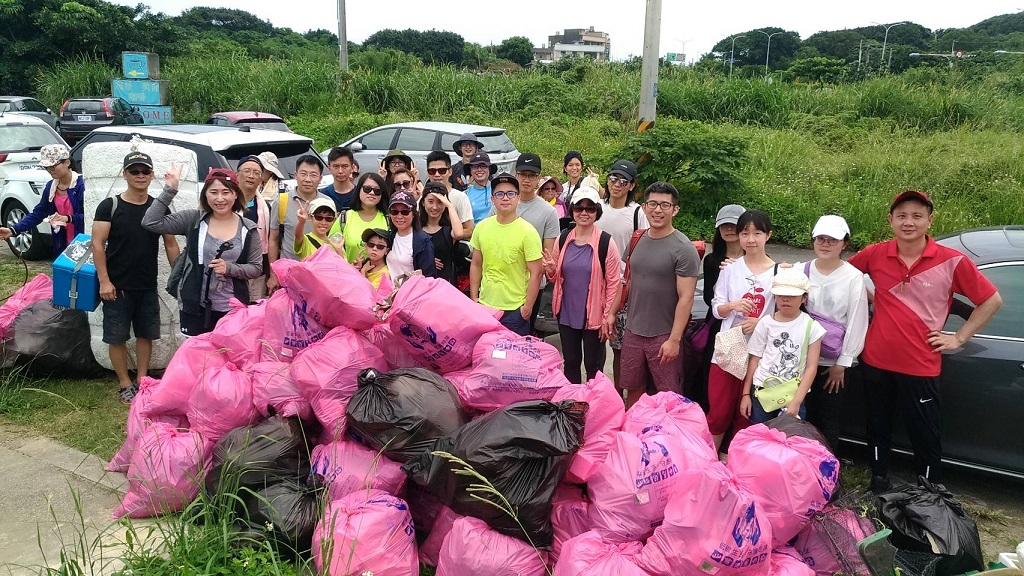 2019 Taiwan National Beach Cleanup (2)