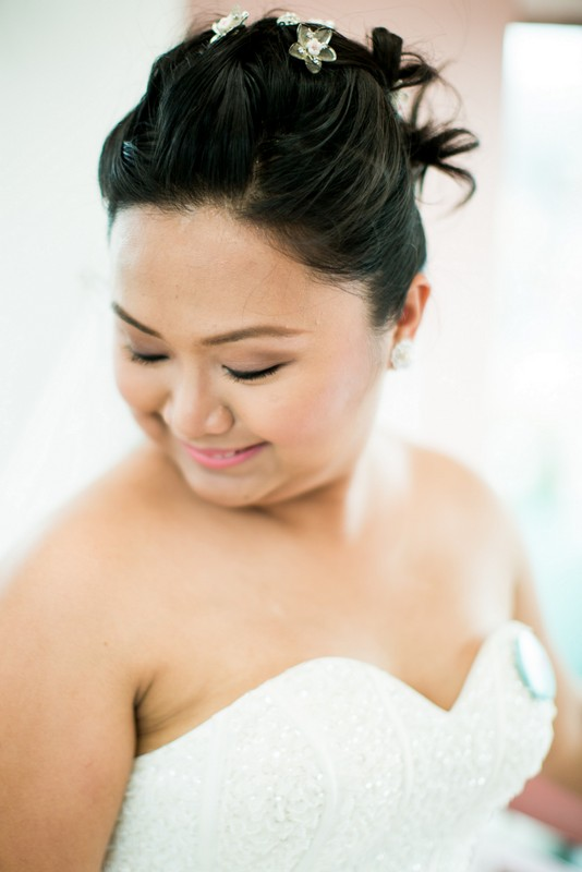 Bride in Lisa Penny gown