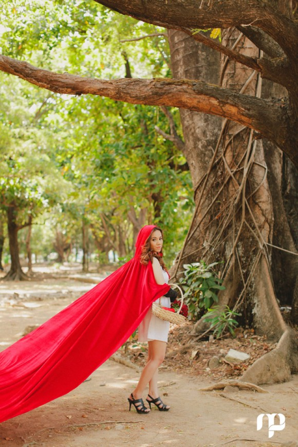 Red Riding Hood Prenup