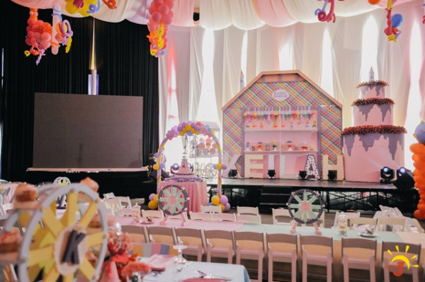 Candy Themed Birthday Party - 24