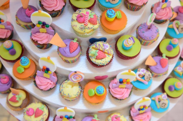 Colorful Candyland Birthday Party - 13