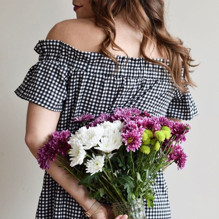 Gingham always makes me think of spring! what gets youhellip