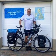 Paul Sanderson cycling for Alzheimer's