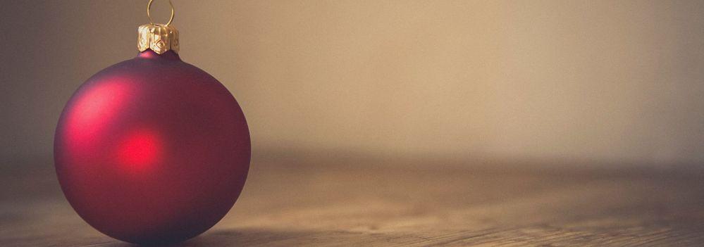 red wine bauble festive red wines Photo by Markus Spiske on Unsplash