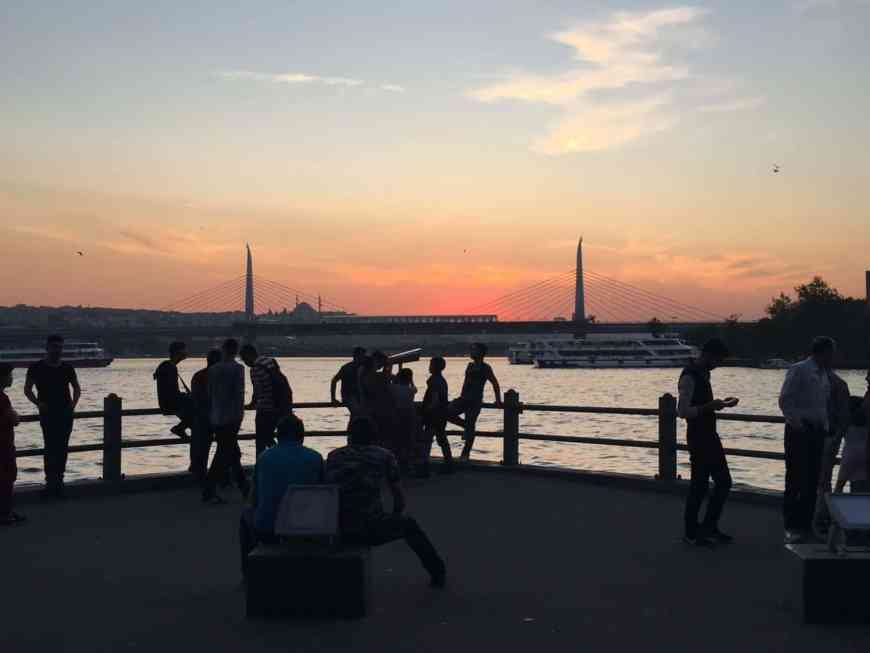 Galata Bridge at sunset   What to do in Istanbul if you only have 24 hours   tips for what to see & what to skip   Istanbul trip planning, itinerary ideas for Istanbul   Turkey itinerary advice