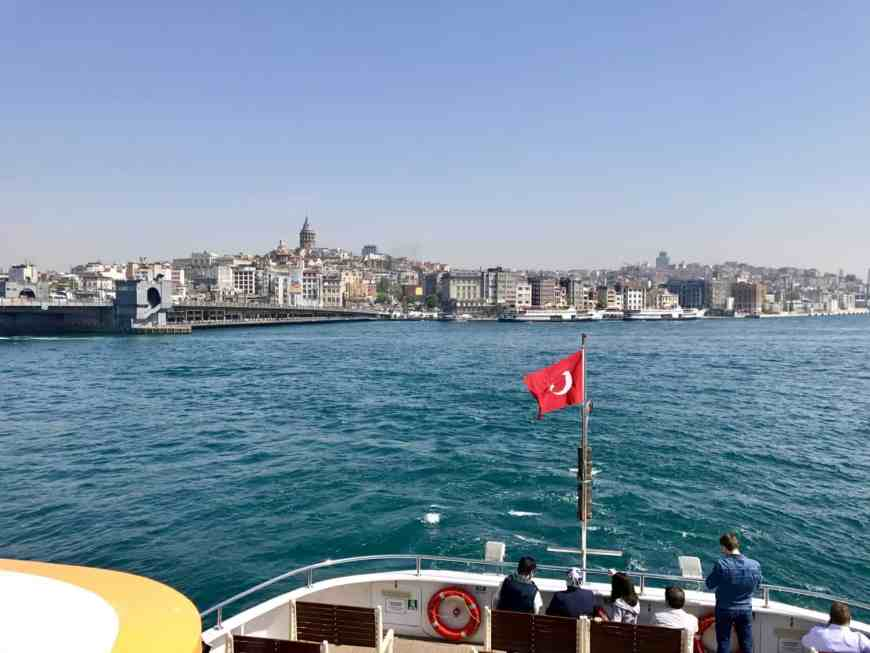 List of a 1-day itinerary ideas for Istanbul...a ferry ride is a must! What to see, what to skip, where to go in Istanbul if you only have a day or two   24 hour Istanbul itinerary