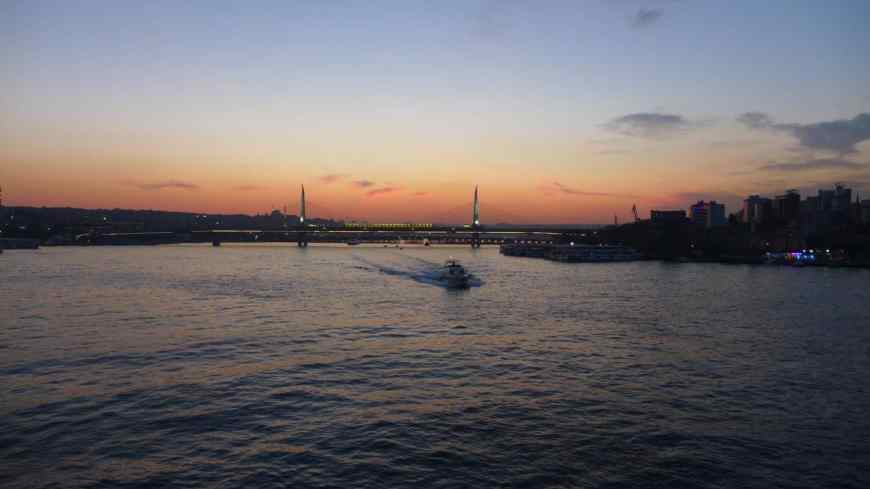 Galata Bridge at sunset...a must-see in Istanbul even with only 24 hours   tips for what to see & what to skip   Istanbul trip planning, itinerary ideas for Istanbul   Turkey itinerary advice