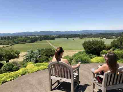 Ann Amie Vineyard, what to do in Willamette Valley   which wineries to visit, where to eat, how to plan your trip   Everything you need to know for a visit to the Willamette Valley, Portland itinerary, wine weekend in Oregon, the perfect girls' trip #willamette #wineries #oregon