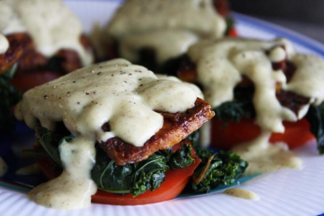 Benny and Flo vegan eggs benedict florentine