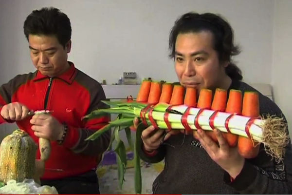 WATCH: Beijing Brothers Create Amazing Vegetable Orchestra