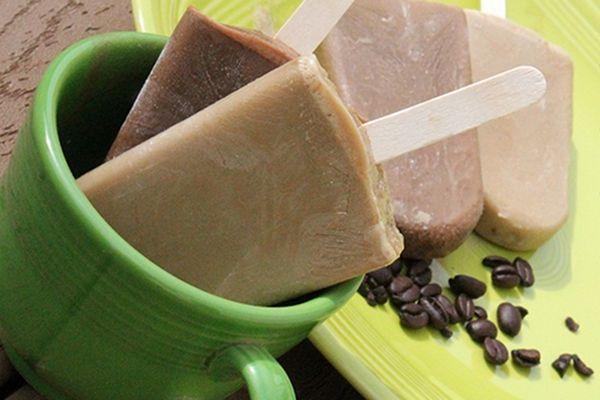 Recipe: Mocha Frappuchino (a.k.a) Frapp-pops