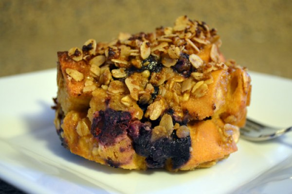 Recipe: Blueberry and Oat Breakfast Bread Pudding